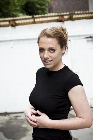 Anne K Müller